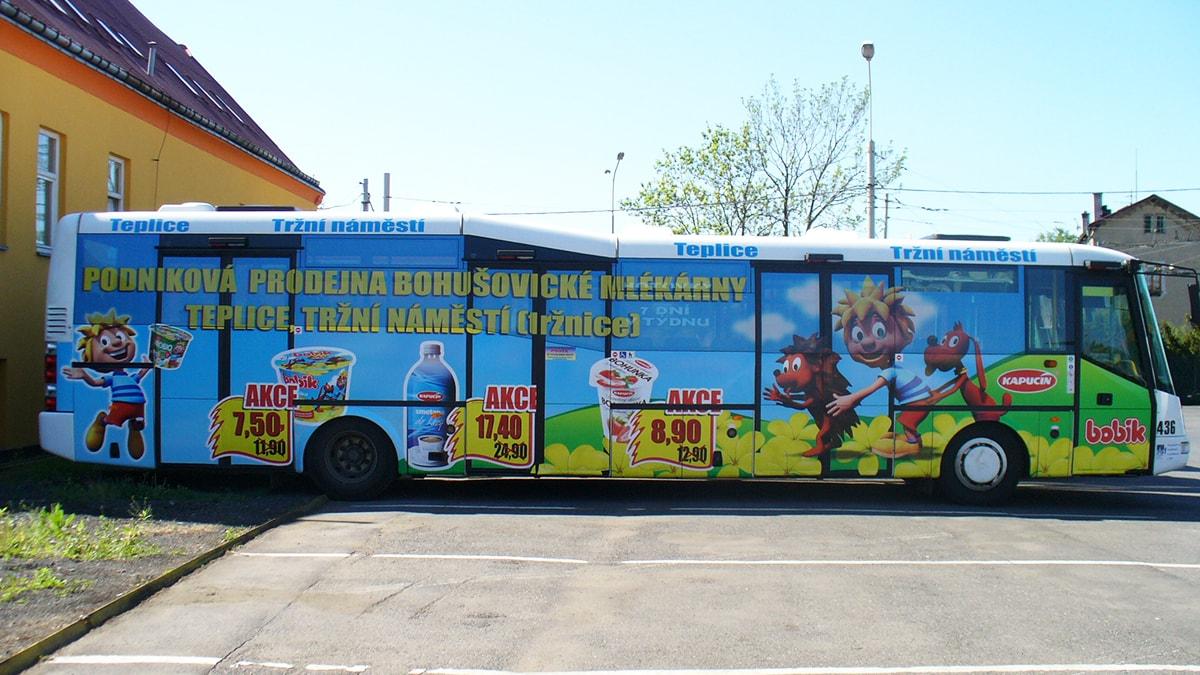 bobik_02_autobus-min